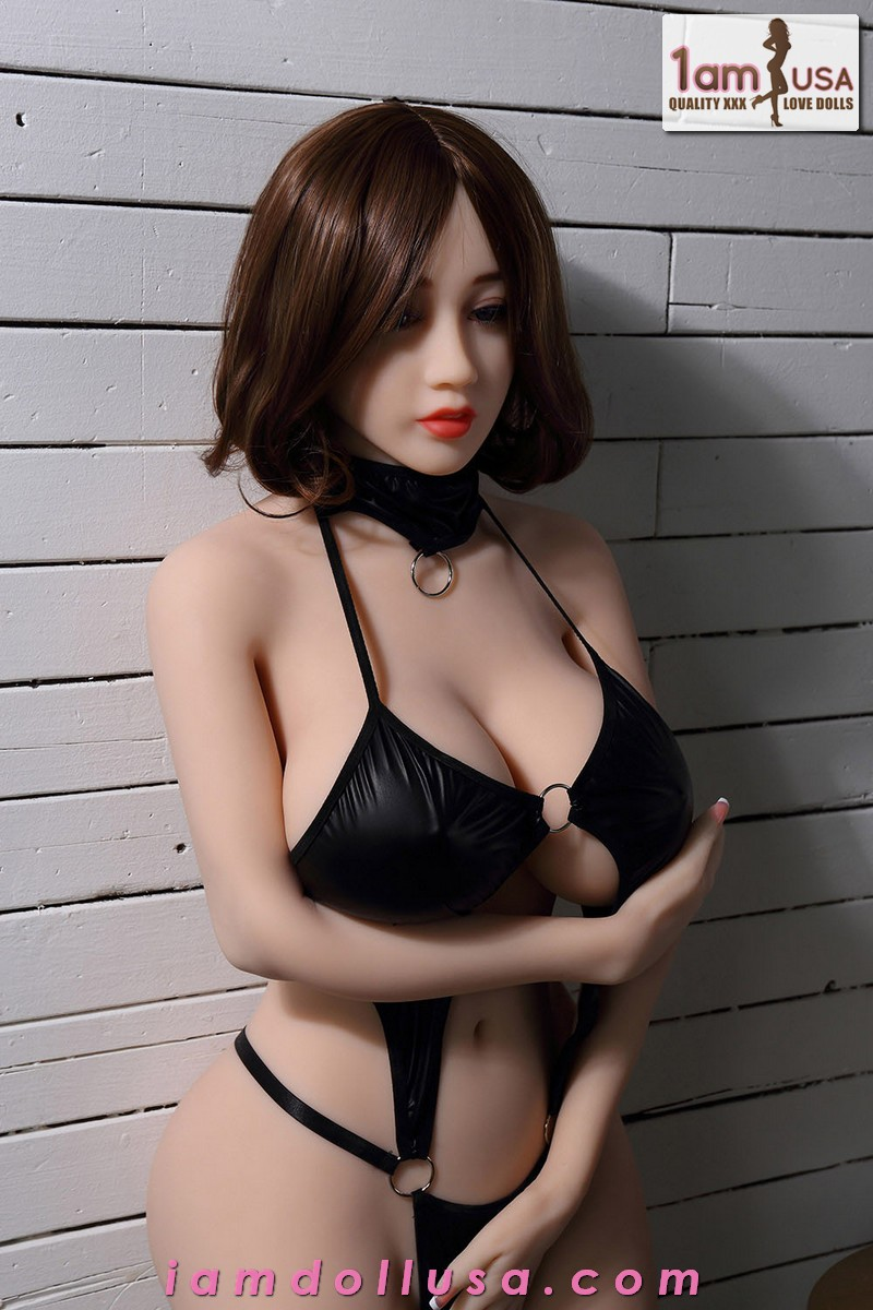 Angelina-150cm-with-WM-106-Face-00002