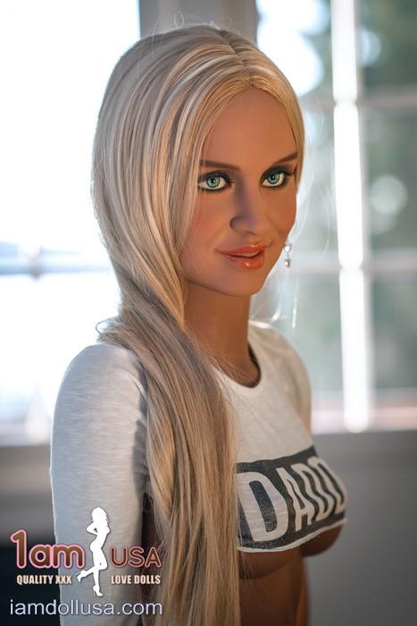 Cassandra with head WM-195